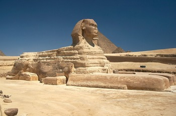 Great_Sphinx_of_Giza_-_20080716a[1].jpg